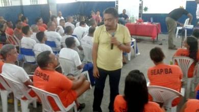 Photo of Pessoas privadas de liberdade participam de aula de revisão do Enem em Salvador