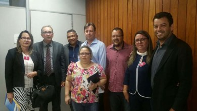 Photo of Deputado e prefeitos se reúnem no MDS para cobrar ações de consórcios regionais
