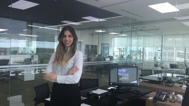 Photo of Exclusivo: Conheça a brasileira que assumiu a vice-presidência da Bolsa de Diamantes do Panamá
