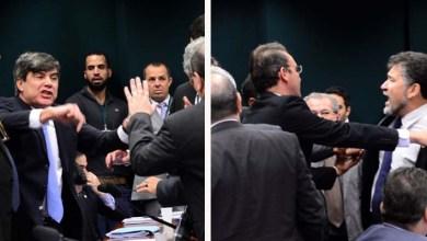 Photo of Confira vídeo da briga entre deputados que interrompeu a sessão do Conselho de Ética
