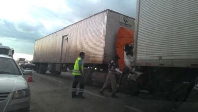Photo of Bahia: Acidente na BR 116 deixa trânsito lento na entrada de Santo Estevão