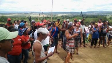 Photo of Maracás: Mulheres ocupam área da Ferbasa e reivindicam terra para reforma agrária
