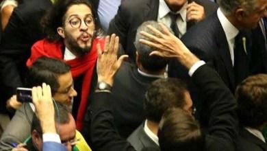 Photo of Vídeo: Conselho de Ética da Câmara entrará com representação contra Jean Wyllys por cusparada