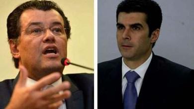 Photo of Ministros do PMDB, Eduardo Braga e Helder Barbalho entregam pedido de demissão