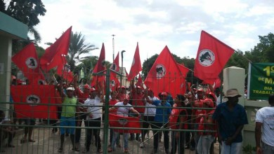 Photo of MST amplia ocupações na Bahia e prédios da Codevasf e fábrica da Suzano param atividades