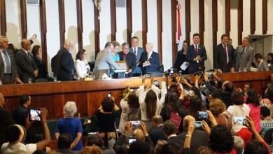 """Photo of Valmir diz que Dilma """"honra os 54 milhões de votos"""" e que confia em seu retorno"""