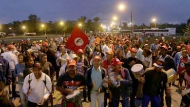 Photo of Bahia: MST ocupa e paralisa atividades de fábrica de celulose em Mucuri
