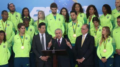 Photo of #Impeachment: Fiquei trabalhando e não tive a satisfação de ouvir, diz Temer sobre julgamento de Dilma