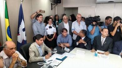 Photo of Salvador: Lorena Brandão comemora sanção de lei que isenta templos religiosos de cobrança tributária