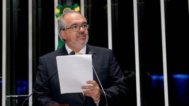 Photo of Senador Roberto Muniz declara voto a favor de Dilma e contra pronúncia