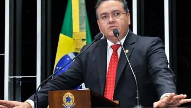 Photo of Senador ganha promessa de diretoria em banco para votar contra impeachment