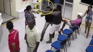 Photo of Bahia: Homem ameaça segurança com arma em unidade de saúde de Ipirá; veja vídeo