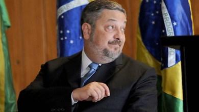 Photo of BC bloqueia R$ 814 mil de contas de Palocci e R$ 30 milhões de empresa dele