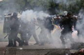 Brasília - Vandalismo na Esplanada dos Ministérios durante protestos (Wilson Dias/Agência Brasil)