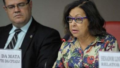 """Photo of """"Desejo pronta recuperação, pois os verdadeiros democratas combatem os adversários com ideias e no voto"""", afirma Lídice sobre Bolsonaro"""
