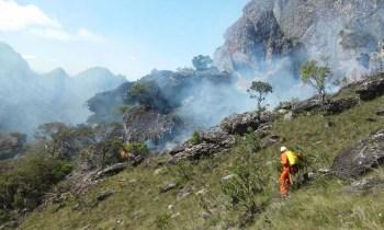 Fogo em Rio de Contas - FOTO Secretaria de Meio Ambiente - Divulgação 9