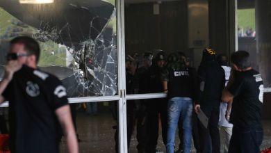 Photo of #Fotos: Manifestantes invadem a Câmara em protesto contra reforma da Previdência
