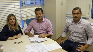 Photo of Chapada: Convênio que regulariza terras em Lajedinho é assinado pela prefeitura e governo estadual