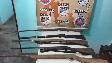 Photo of Chapada: Policiais da Cipe apreendem armas longas escondidas em cabana no município de Itaetê