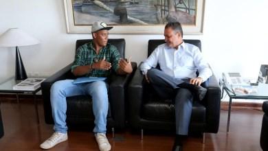 Photo of #Bahia: Rui Costa recebe estudante aprovado em primeiro lugar no curso de Direito da Ufba