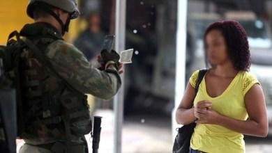 Photo of #Brasil: Defensoria do RJ quer explicações das Forças Armadas sobre ação contra moradores de favela