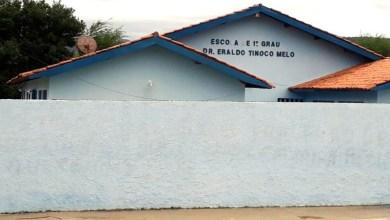Photo of Chapada: Restos de animais são encontrados em caixa d'água de escola em Jussiape