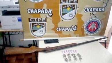 Photo of Chapada: Policiais da Cipe prendem traficante em Marcionílio Souza com arma e drogas