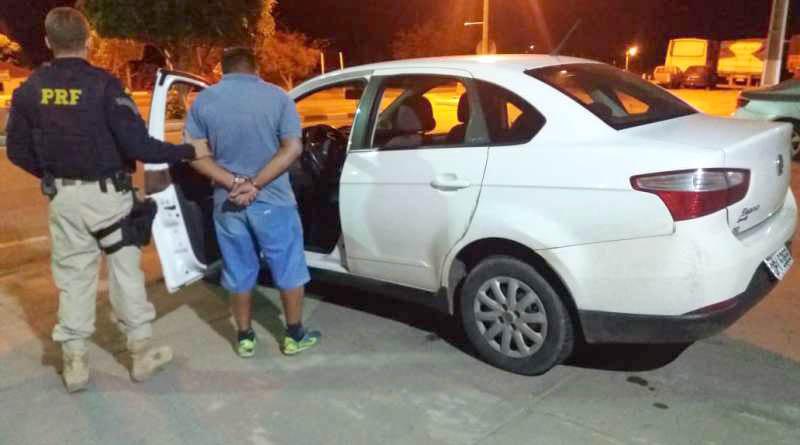 Chapada: PRF apreende veículo após fiscalização em trecho da BR-242 na região de Seabra