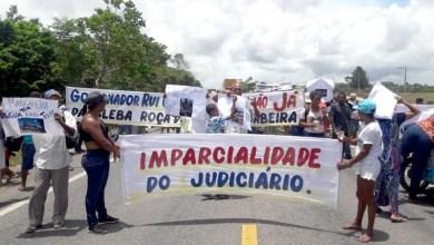 Photo of #Bahia: Agricultores fecham BR-367 que liga Porto Seguro a Eunápolis contra reintegração de posse
