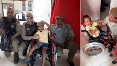 Photo of Chapada: Polícia Militar realiza sonho de criança doando cadeira de rodas em Barra da Estiva