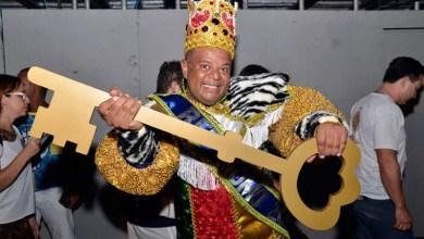 Photo of Rei Momo do carnaval de Salvador este ano é educador social, tem 42 anos e 119 quilos