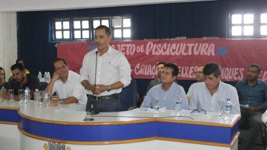 Photo of Chapada: Bahia Pesca e Desenbahia assinam contrato para beneficiar pequenos produtores de Itaetê