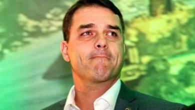 """Photo of #Polêmica: Flávio Bolsonaro diz que """"tragédia em Suzano atesta fracasso do estatuto do desarmamento"""""""