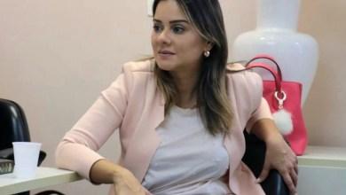 Photo of Após indicar projeto, vereadora Lorena comemora fim da restrição de horários de cultos em Salvador