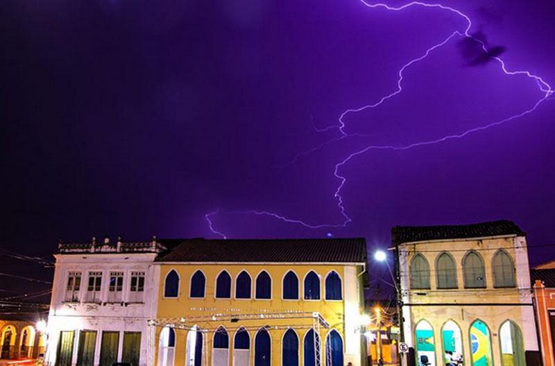 Chapada: Raios e trovões são registrados em municípios da região durante fortes chuvas; veja fotos e vídeos
