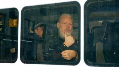 Photo of #Mundo: Cofundador do Wikileaks, Julian Assange é preso na embaixada do Equador em Londres