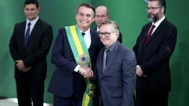 Photo of #Brasil: Bolsonaro exonera o ministro da Educação e anuncia sucessor pelas redes sociais