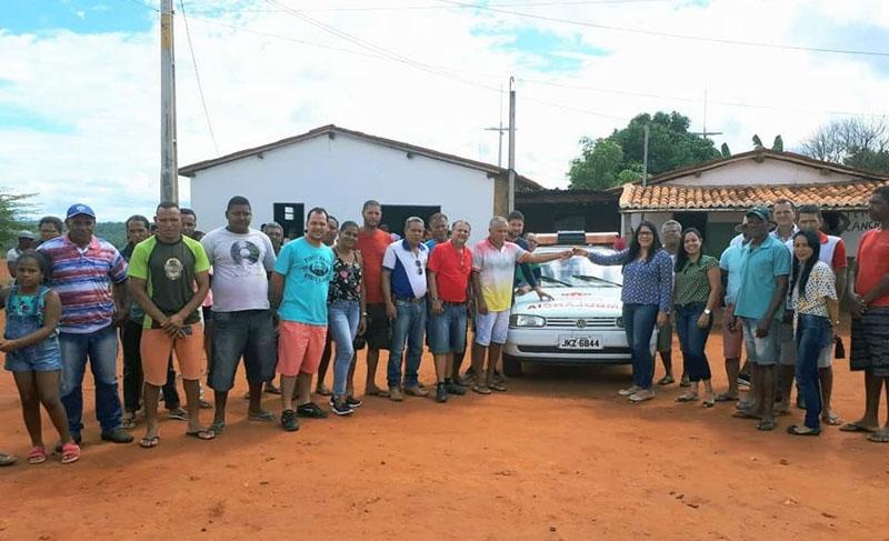 Chapada: Prefeita do município de Nova Redenção entrega ambulância à população de Bom Jesus