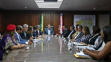 Photo of Técnicos e analistas de universidades estaduais fazem acordo com o Governo do Estado