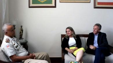 Photo of Chapada: Deputada e prefeito pedem mais ações para aumentar segurança em Dom Basílio