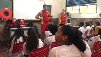 Photo of Chapada: Escolas de Rio de Contas recebem palestras do Corpo de Bombeiros sobre prevenção contra afogamento