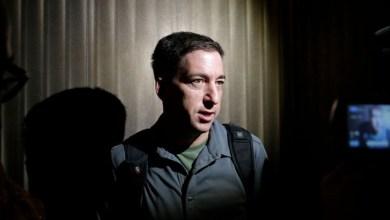 Photo of #Polêmica: Campanha pedindo deportação do jornalista Glenn Greenwald foi iniciada por robôs