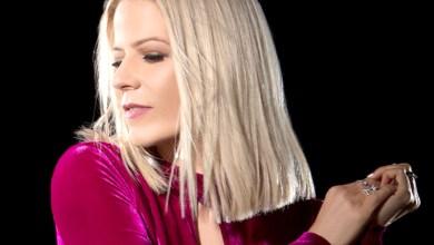 Photo of #Polêmica: Ex-vocalista do Kid Abelha, Paula Toller processa o PT e pede R$200 mil de indenização