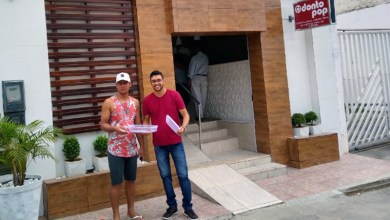 Photo of Chapada: Jovem itaberabense vende brigadeiros nas ruas para pagar formatura de Odontologia