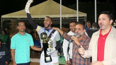 Photo of Chapada: Amistoso marca cerimônia de entrega de troféus do Campeonato Intercolegial de Futebol de Utinga