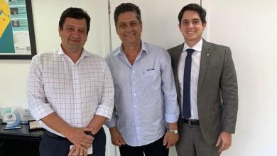 Photo of Chapada: Deputado e prefeito pedem melhorias da Embasa para o município de Wagner