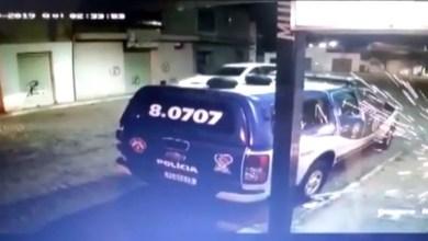 Photo of Chapada: Vídeo mostra quadrilha do BDM que assaltou banco em Mulungu do Morro atacando quartel e viatura da PM