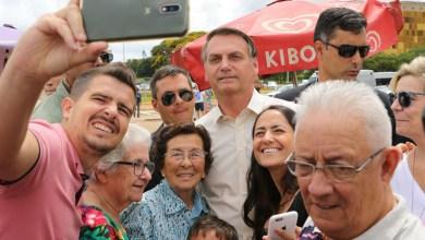 """Photo of #Polêmica: Com carne cara, presidente Bolsonaro sugere; """"Compre 1kg de tainha e ganhe uma tubaína"""""""