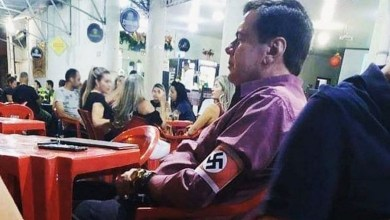 Photo of #Polêmica: Homem que usou símbolo nazista em bar e causou revolta é identificado