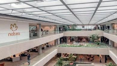 Photo of Natura compra Avon e se torna uma das quatro maiores empresas de beleza do mundo